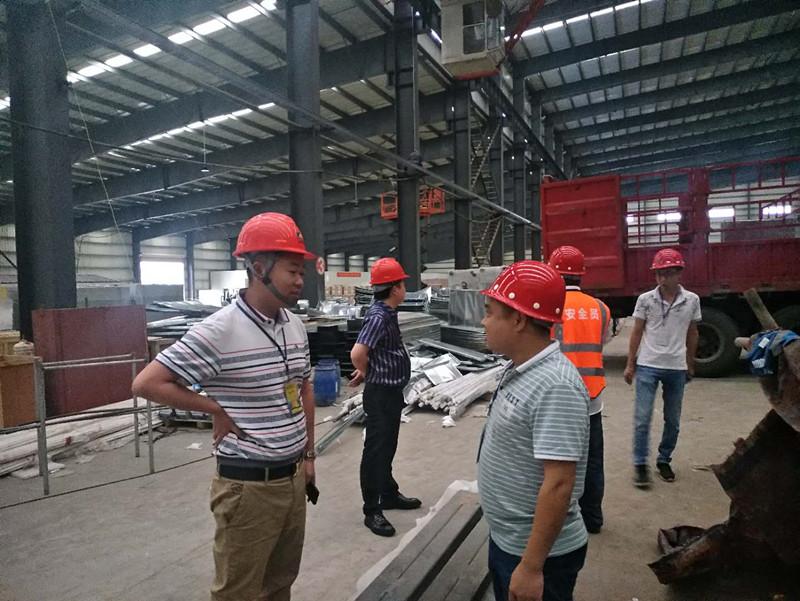 广东合昌高层对湖南某电子玻璃厂净化空调工程项目工作视察