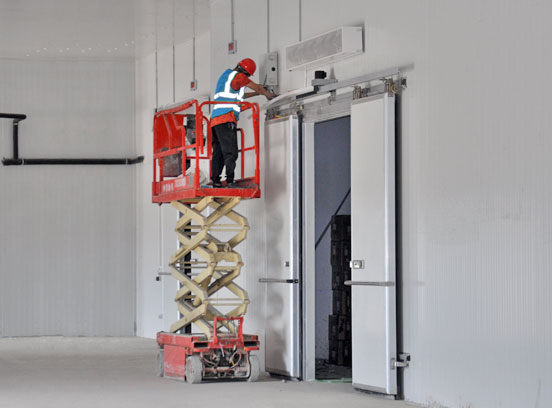 江门某食品加工仓储有限公司6400平方米冷库除湿工程案例